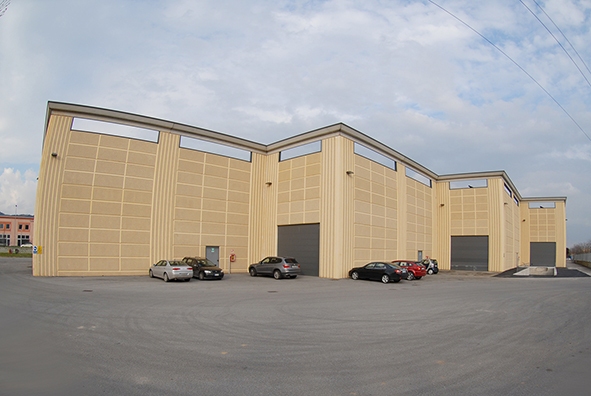 New Logistics Center by Ravelli